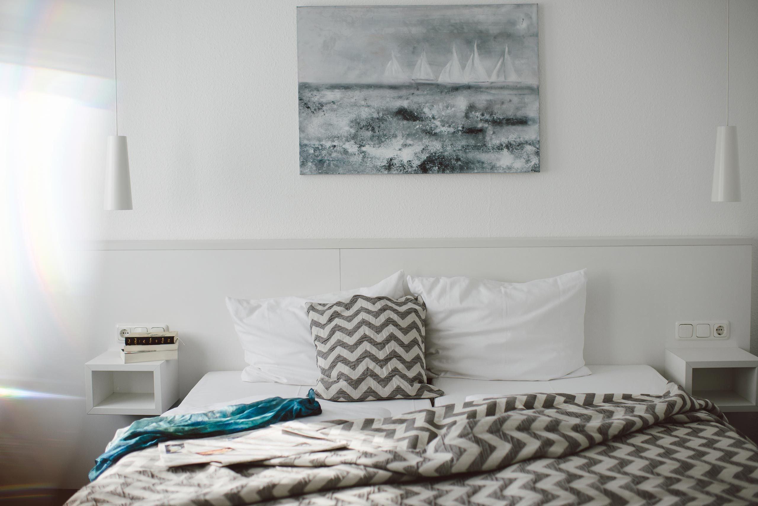 Schlafen im M-Zimmer im meerzeit Hotel in Cuxhaven