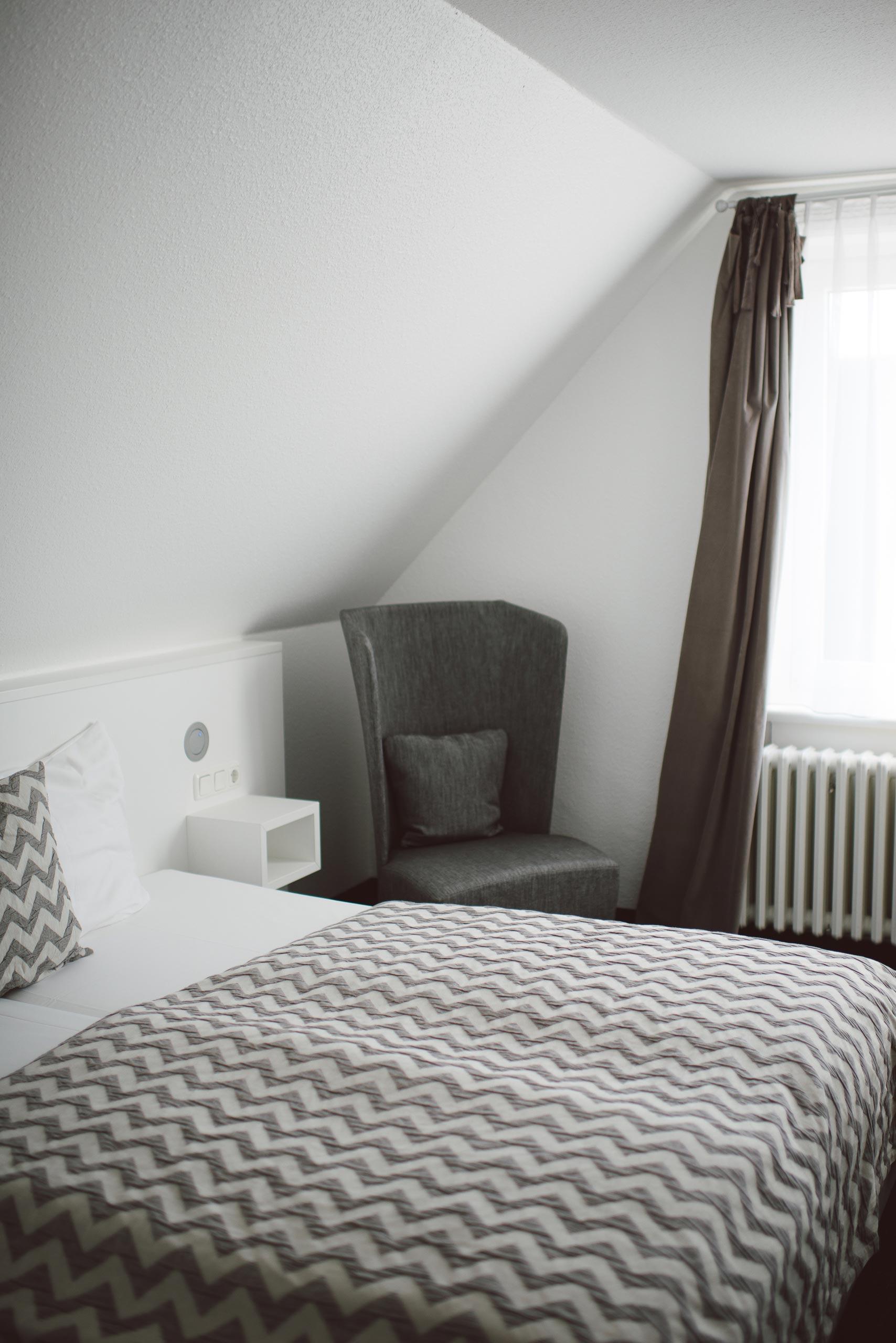 Raumeindruck vom M-Zimmer im meerzeit Hotel in Cuxhaven