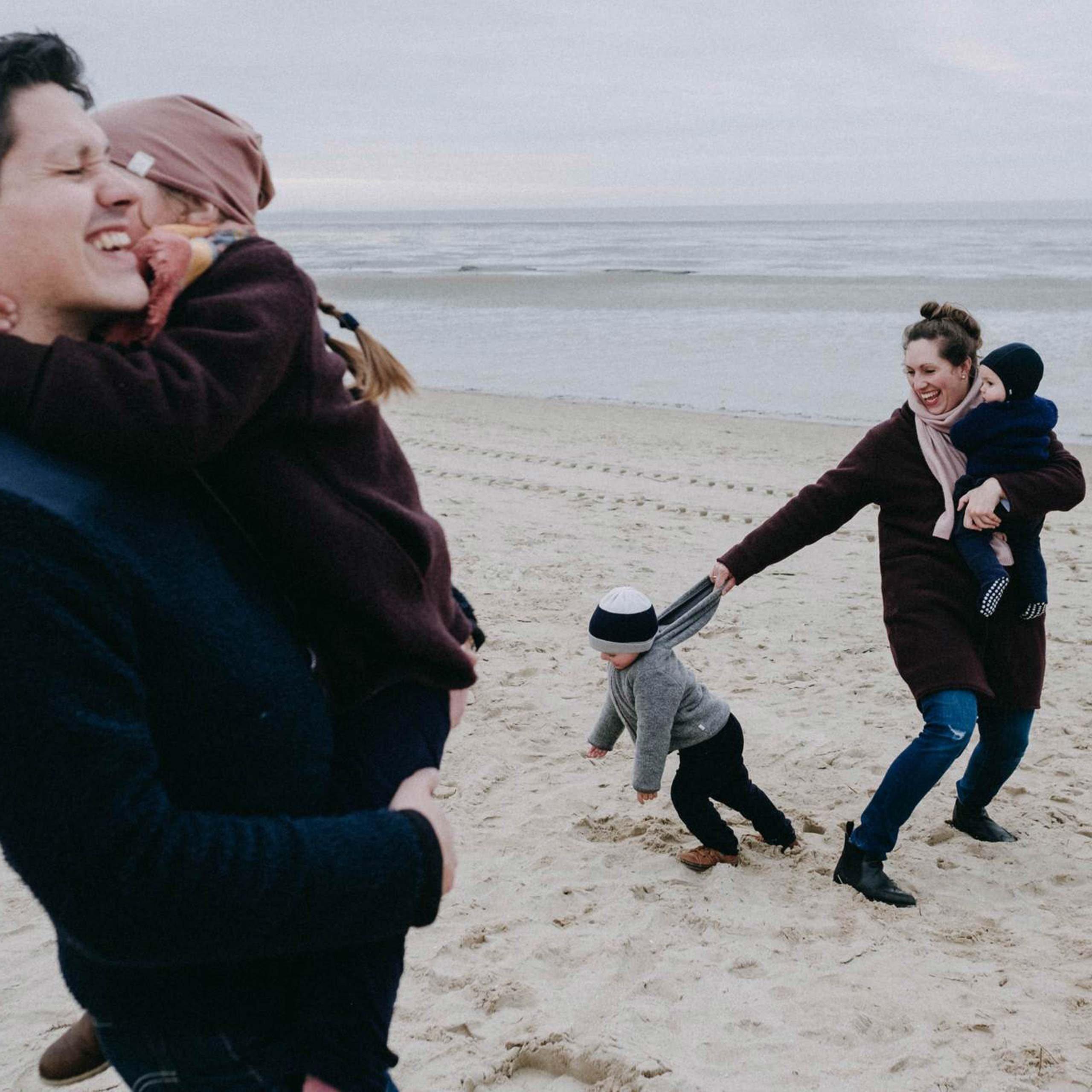 Familie Bonelli am Strand der Nordsee
